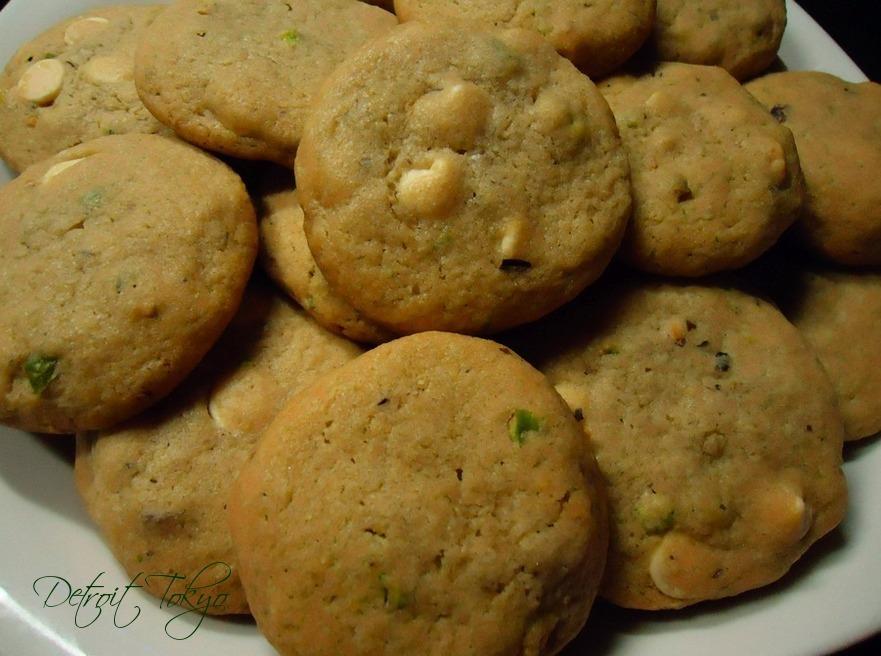 White Chocolate Pistachio Cookies | detroittokyo